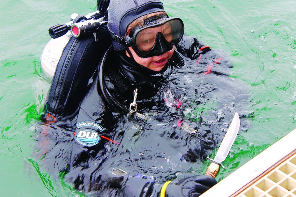 ocean-defenders-alliance-diver